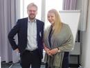 Professor Deirdre N. McCloskey mit Professor Nils Goldschmidt